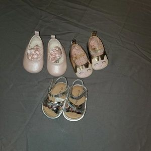 Other - 4 FOR $25 NB and size 1 baby girl shoe lot